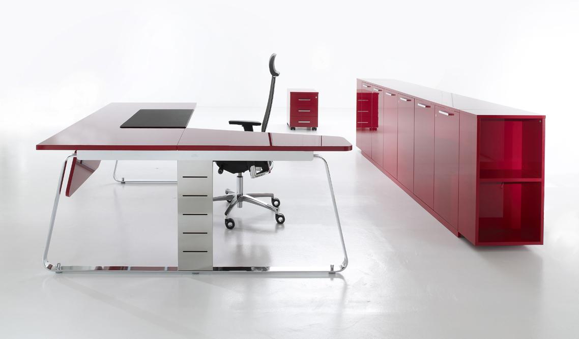 Мебель для рабочего места в стиле хай-тек