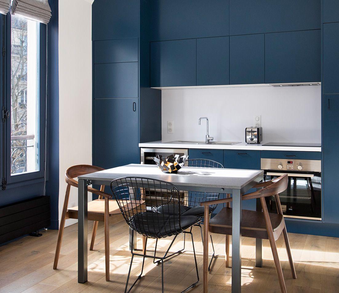 Кухня в голубых тонах модульная
