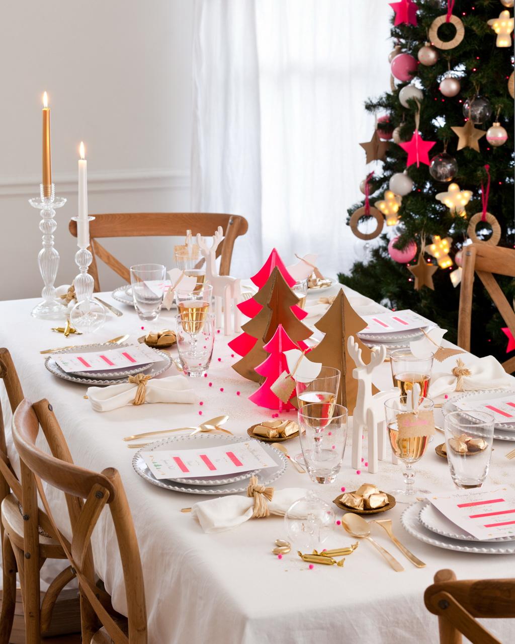 Украшения для новогоднего стола из цветного картона и бумаги