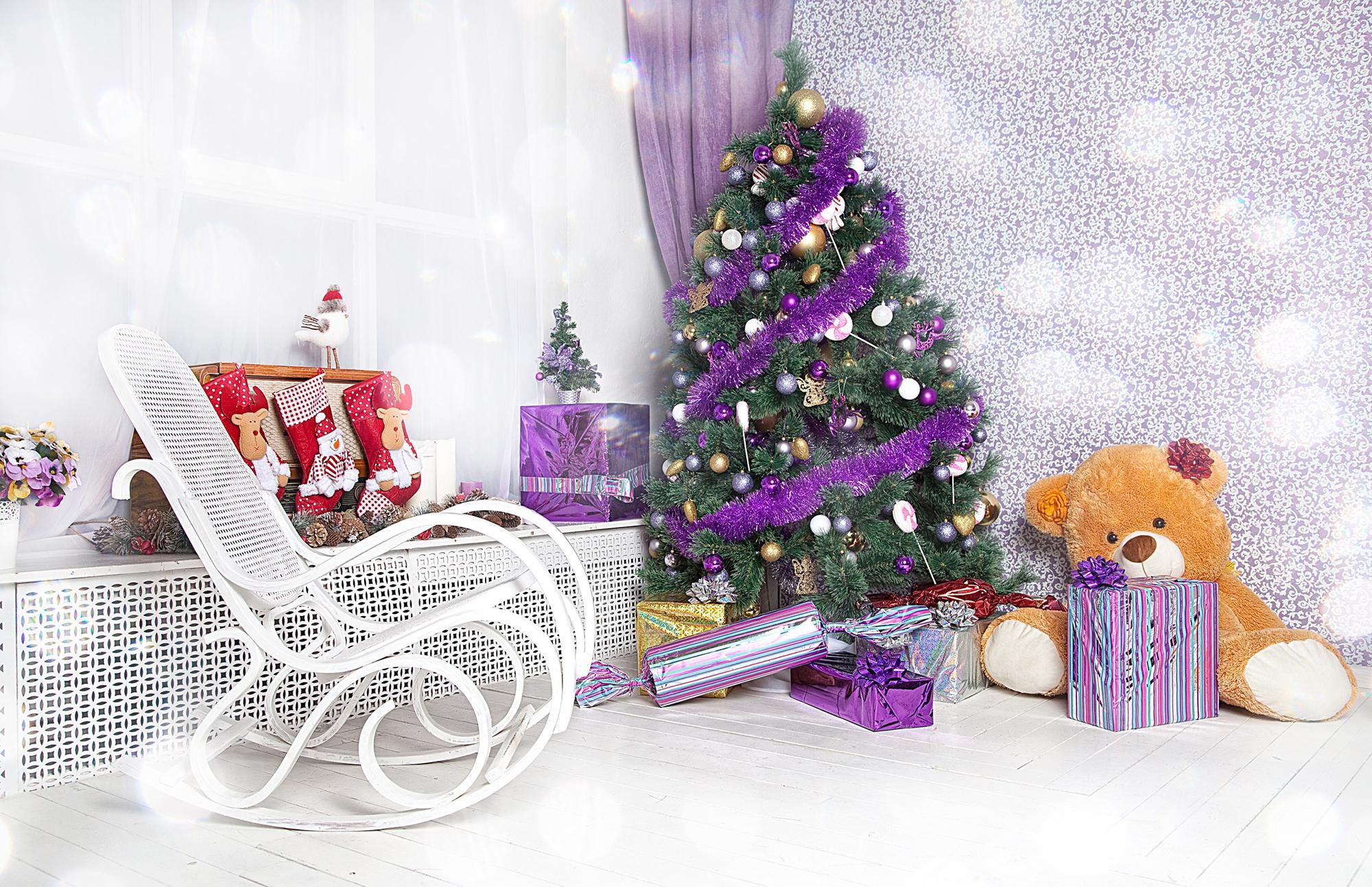Декор елки в фиолетовых тонах