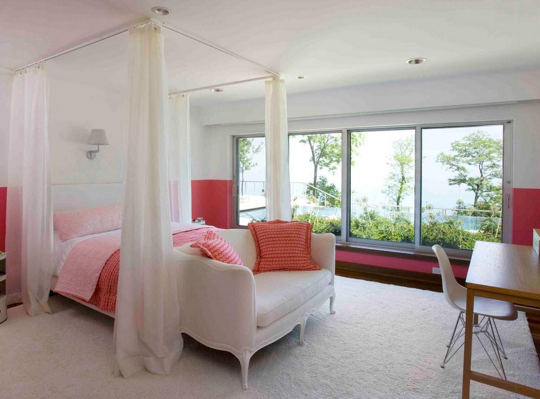 Белый балдахин в спальне