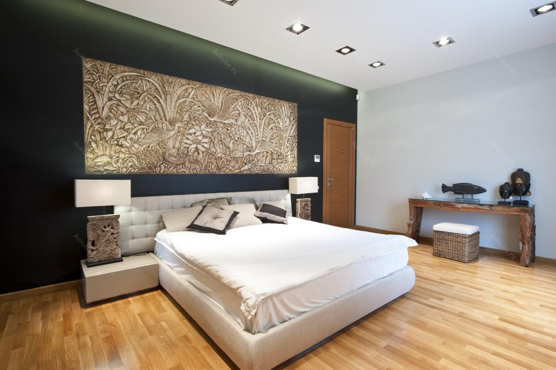 Красивое панно над кроватью