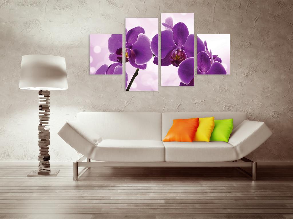 Модульная картина в гостиной с изображением орхидеи