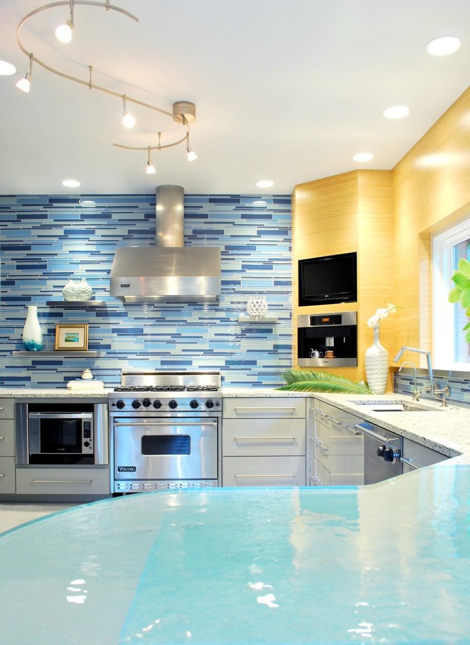 Кухня в голубых тонах отделка