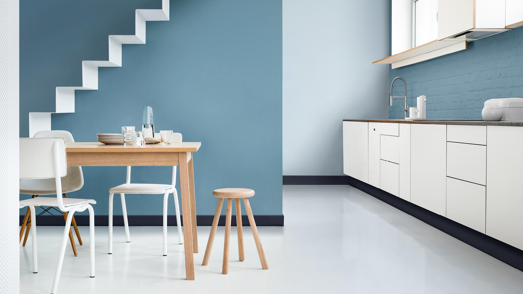 Кухня в голубом оттенке