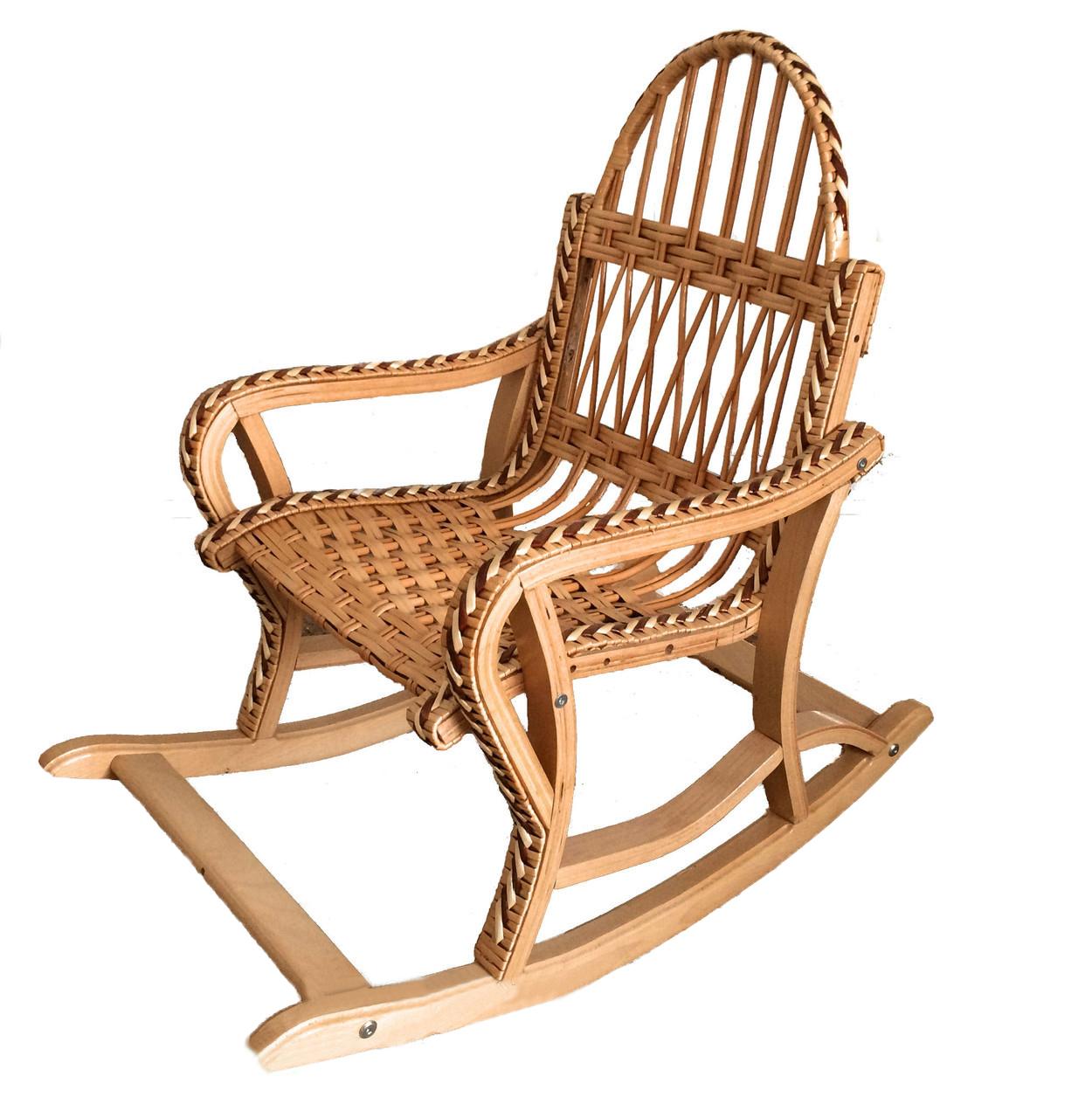 Кресло-качалка из дерева и лозы