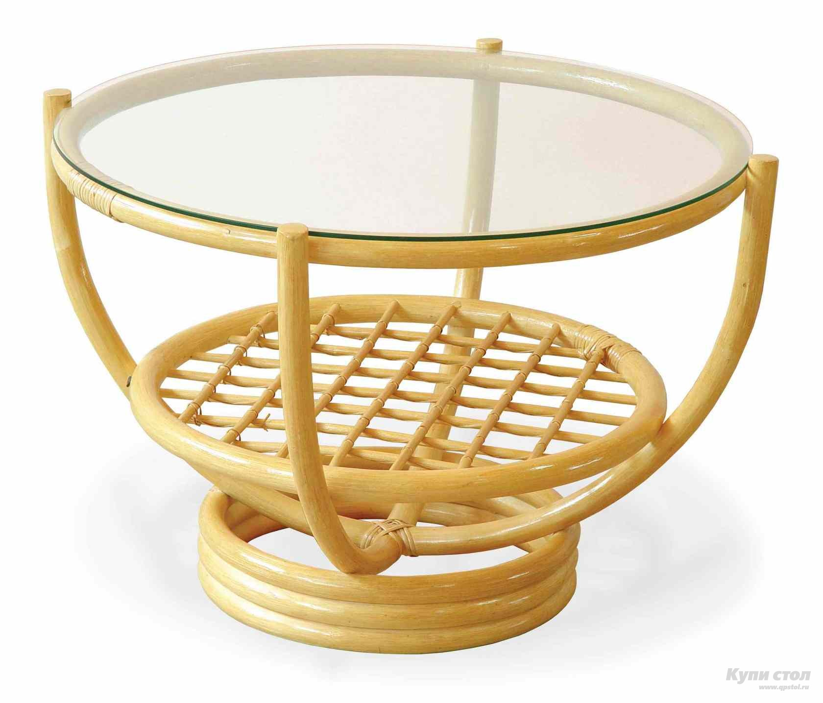 Бежевый стол из ротанга