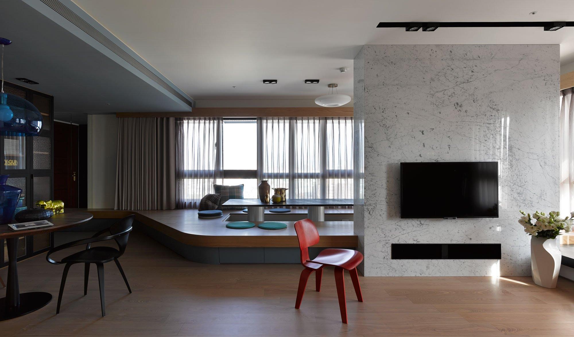 Подиум в интерьере квартиры
