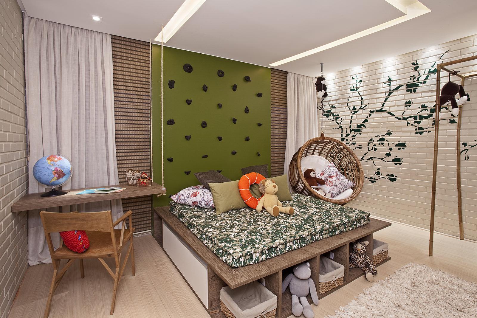 Подиум-кровать в интерьере детской