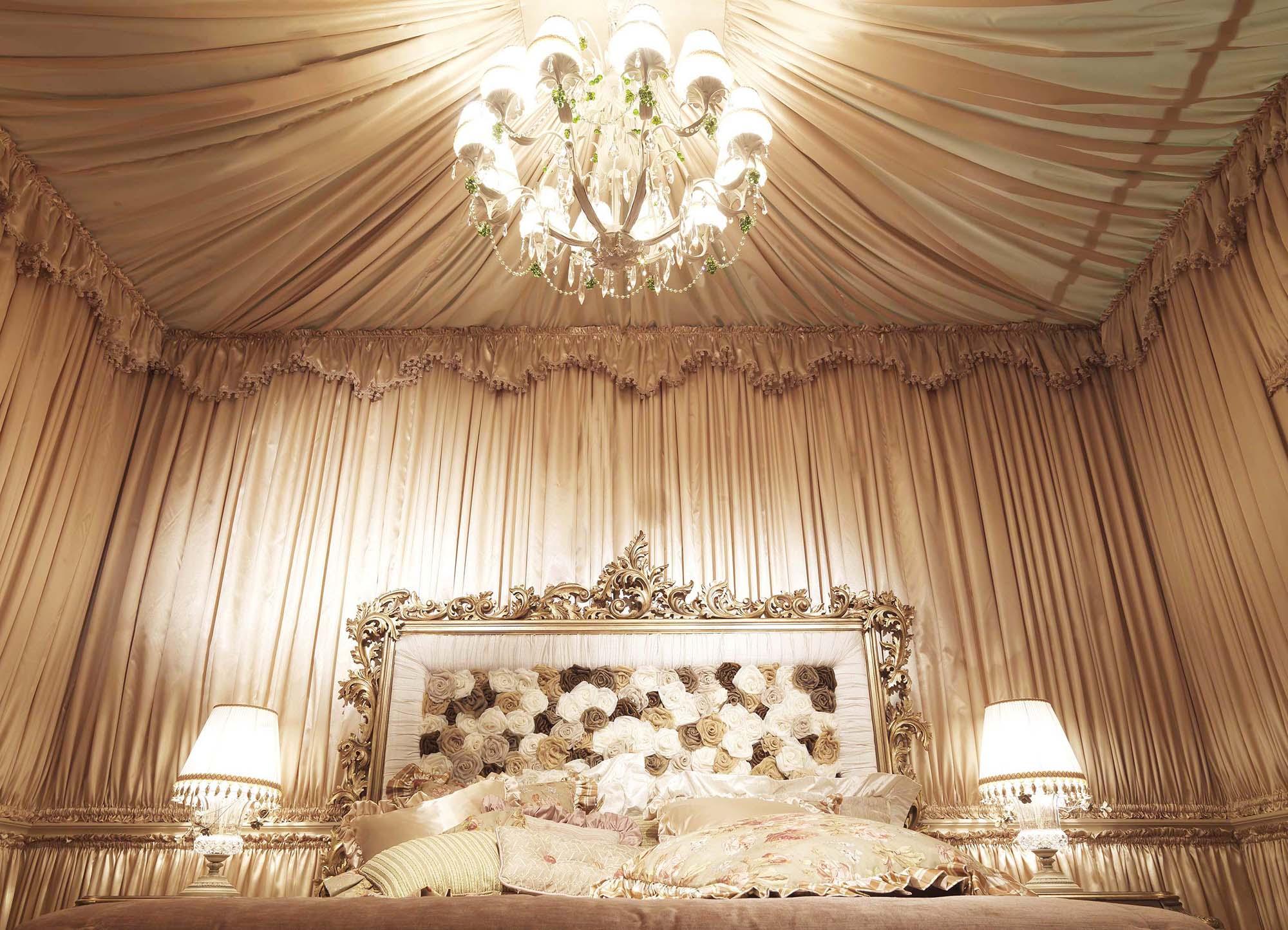 Оформление спальни тканью с драпировкой