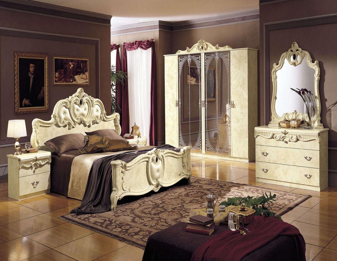 Дворцовый русский стиль в интерьере спальни