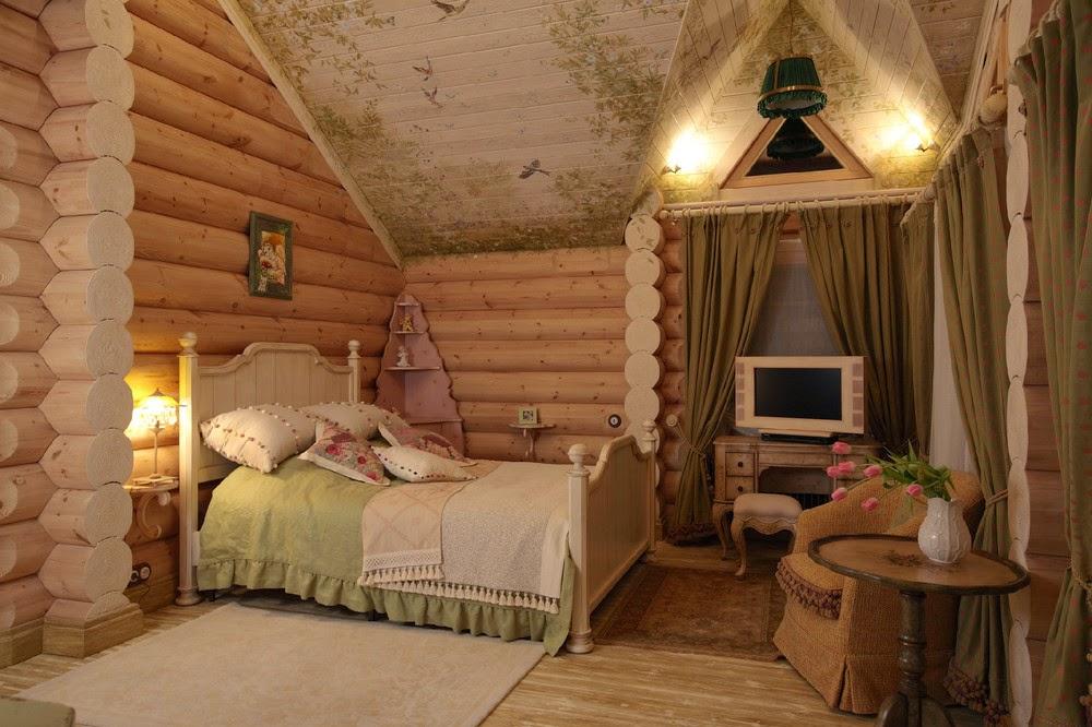 Мансардная спальня в русском стиле