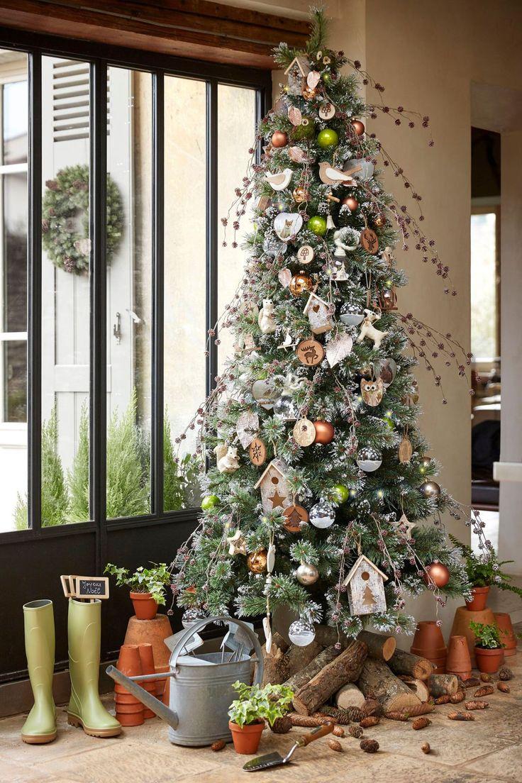 Оформление новогодней елки в рустикальном стиле