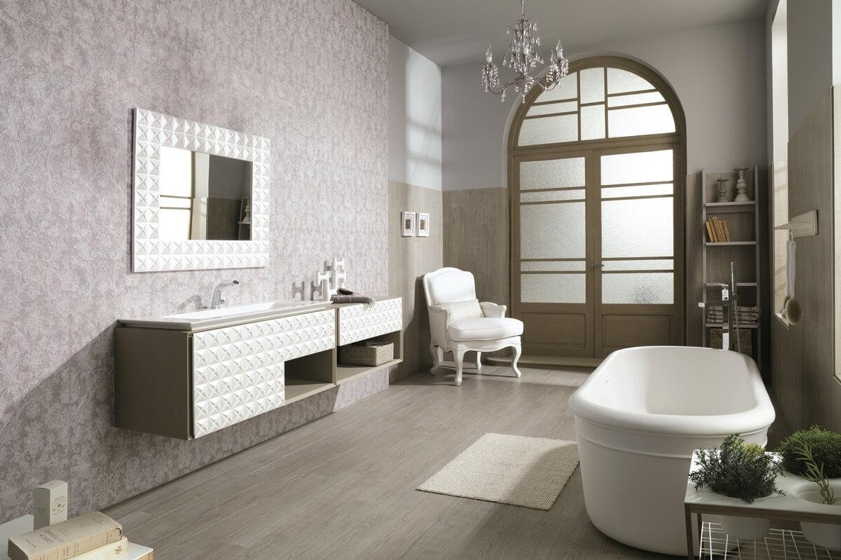 Красивая мебель в ванной в стиле шебби-шик