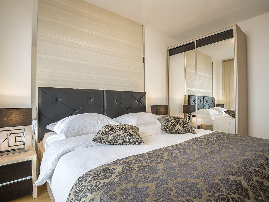 Дизайн спальни 18 кв м со шкафом