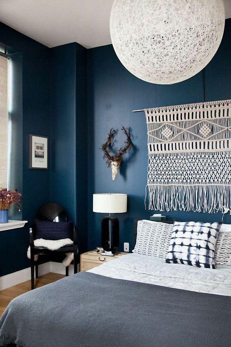 Дизайн спальни 18 кв м синий