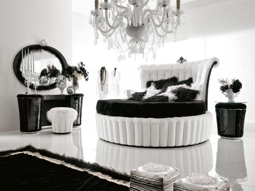 Черно-белая спальня в стиле ретро