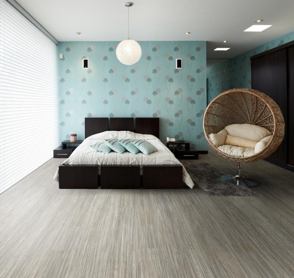 Голубые акценты в интерьере спальни