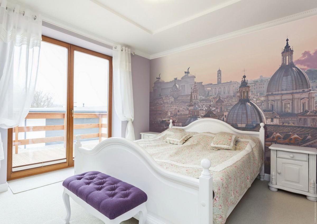 Фотообои с видом на крыши города в спальне