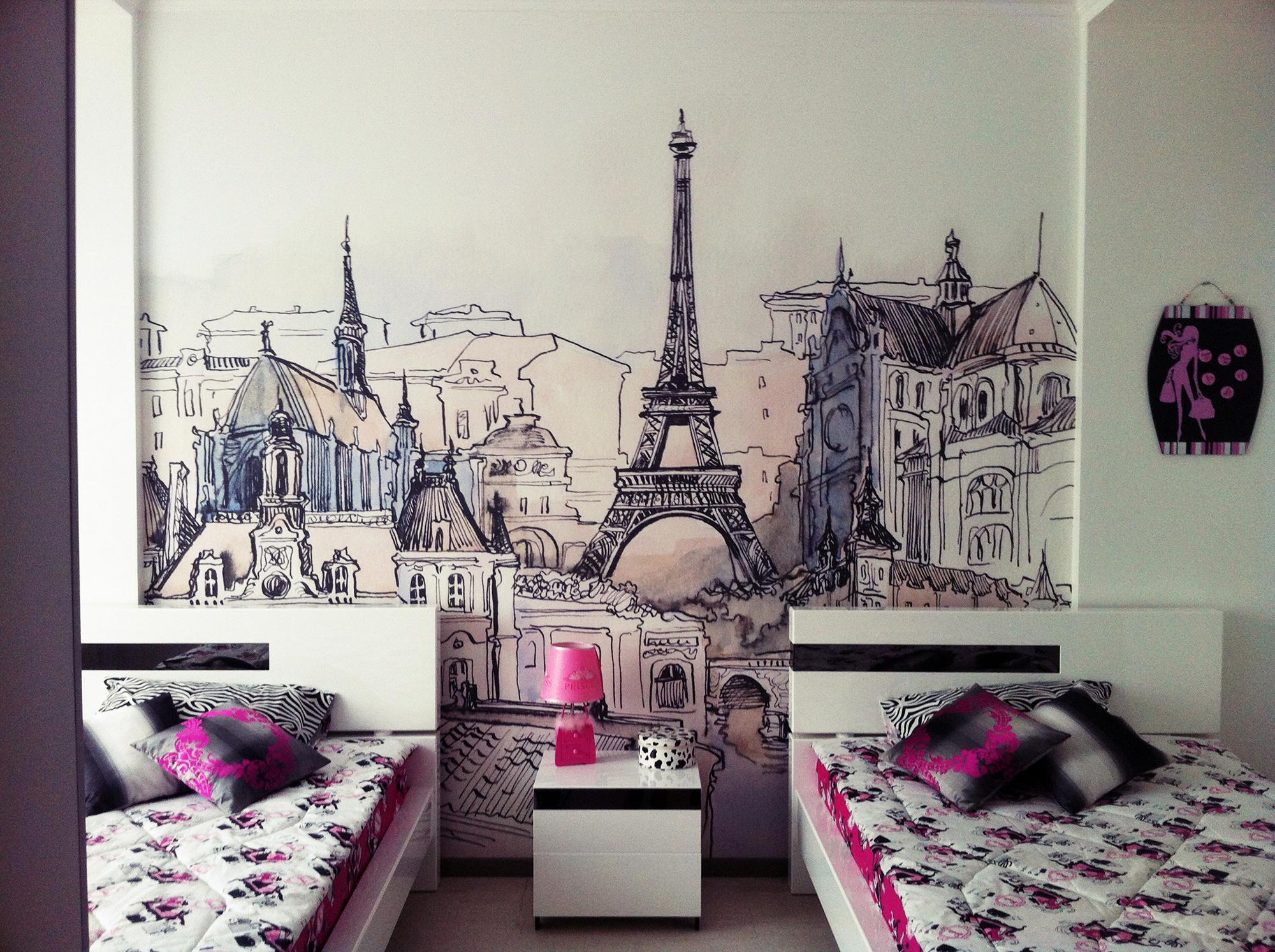 Фотообои с Парижем в спальне