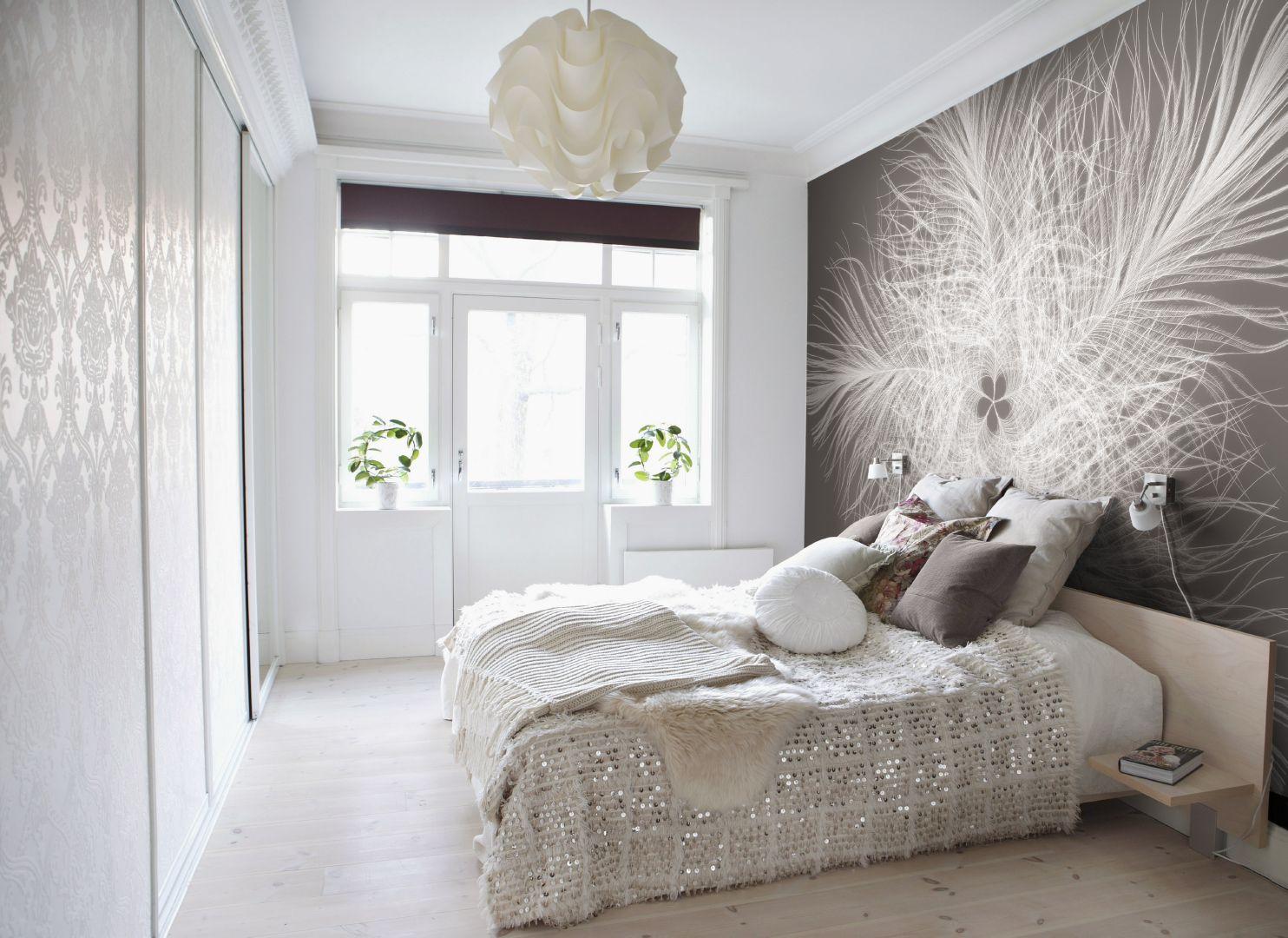 Черно-белые макро фотообои в спальне