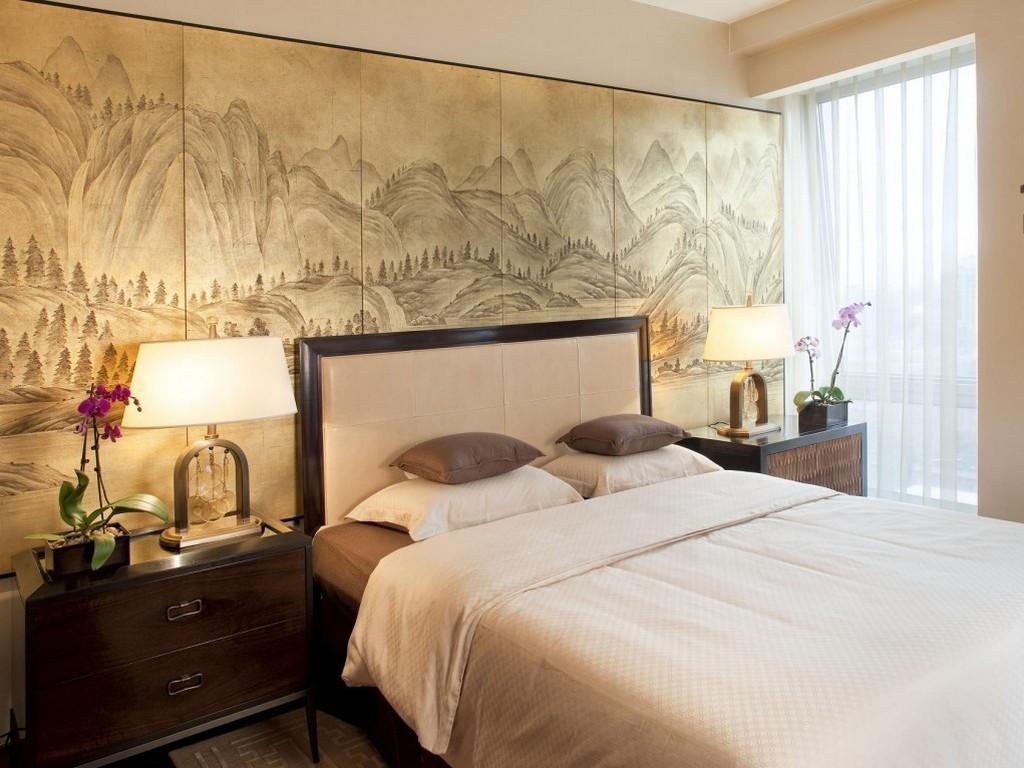 Фотообои со старинной гравюрой в спальне