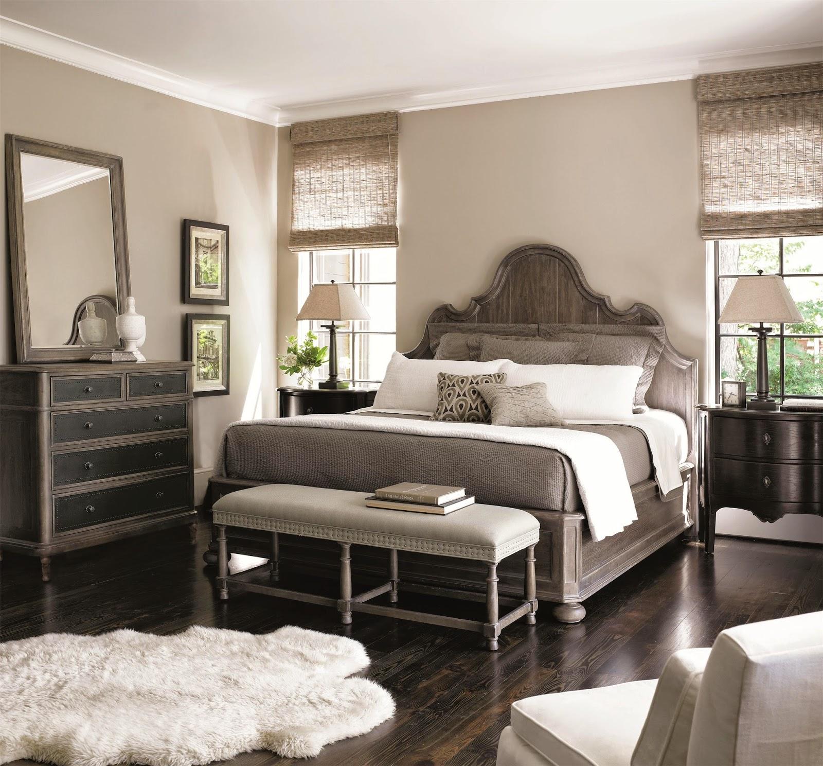 Бежево-коричневая стильная спальня