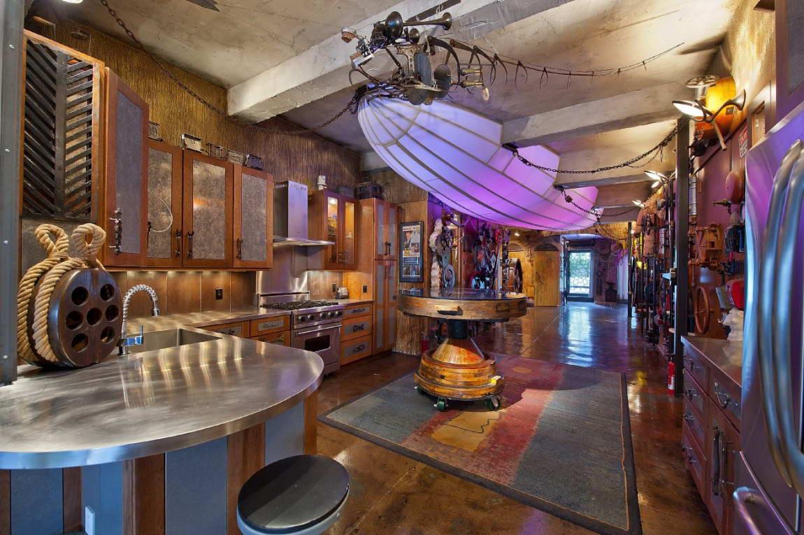 Большая кухня в стиле стимпанк