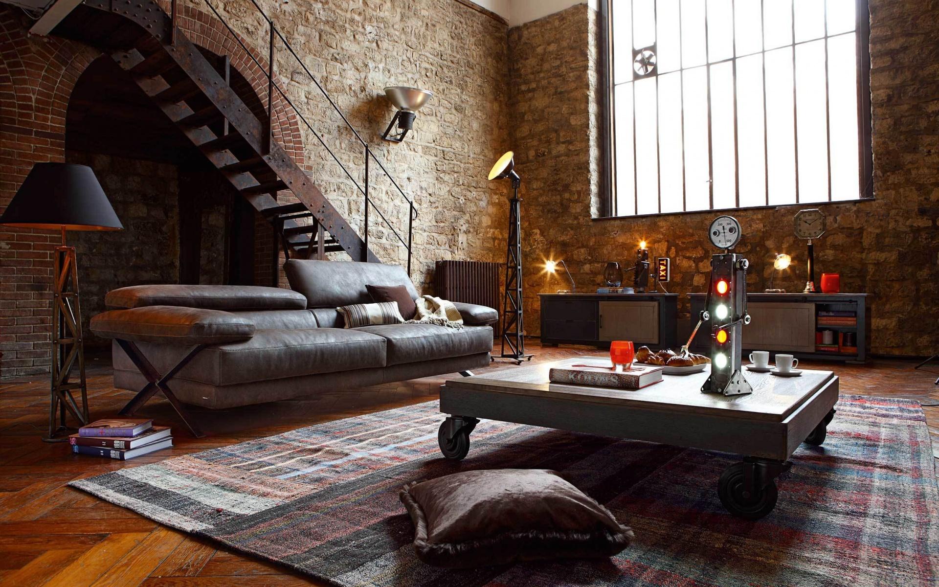 Гостиная с кирпичными стенами в стиле стимпанк