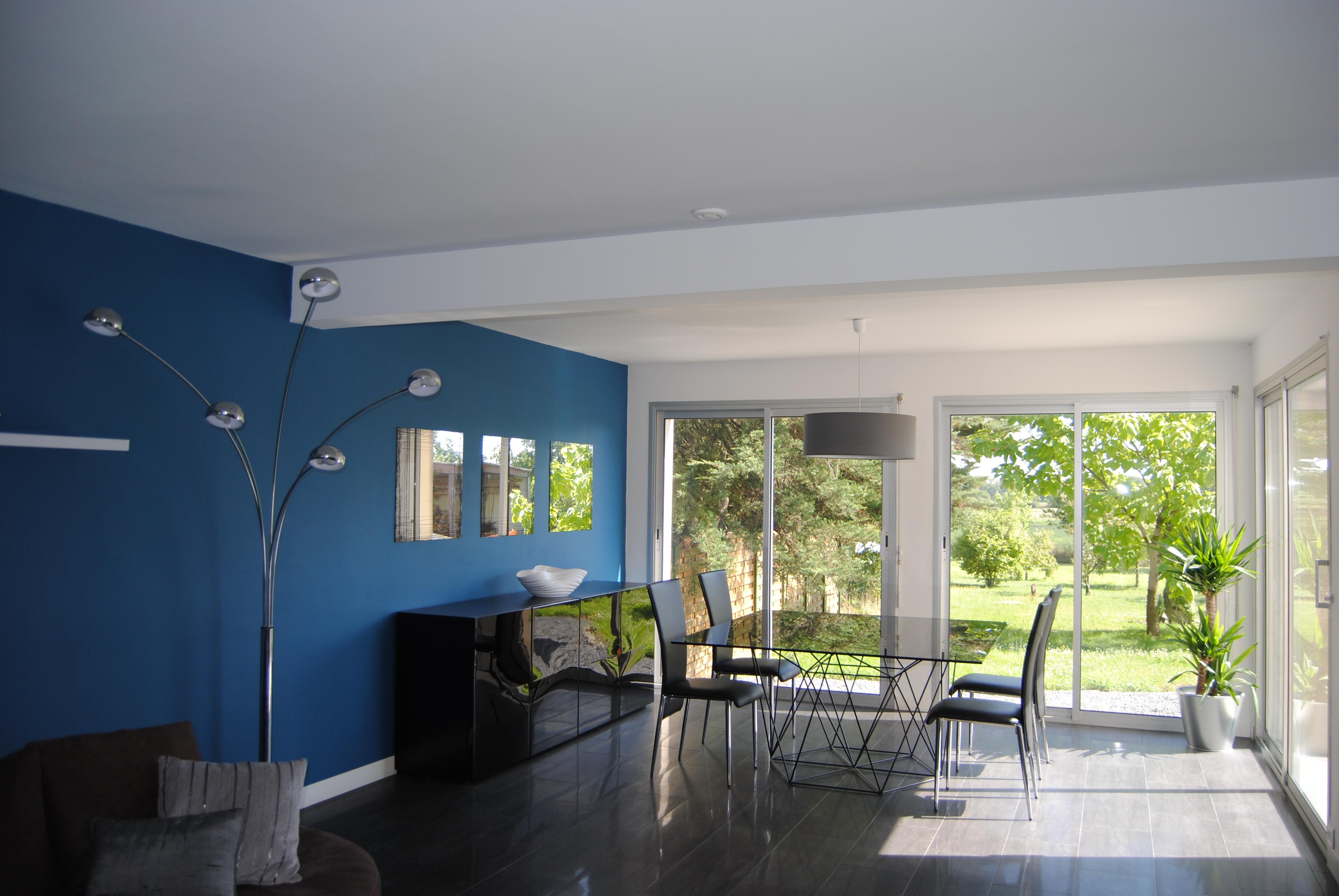 Голубая гостиная столовая