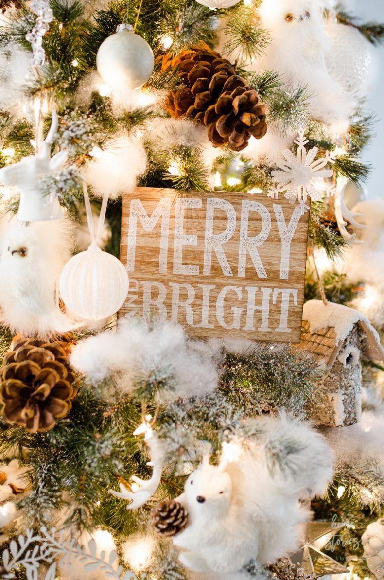Оформление новогодней елки табличкой