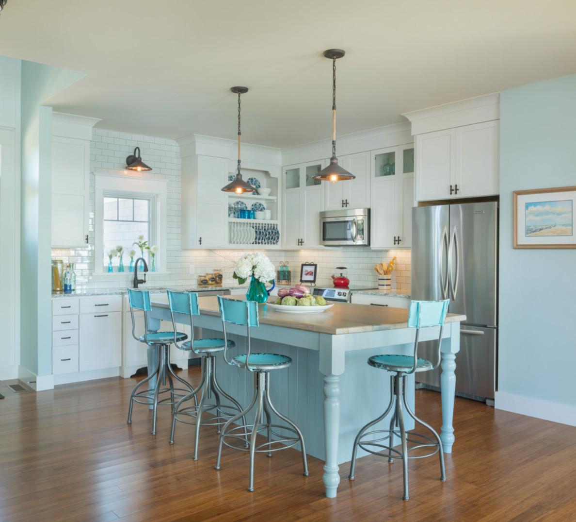 Кухня в голубых тонах тиффани