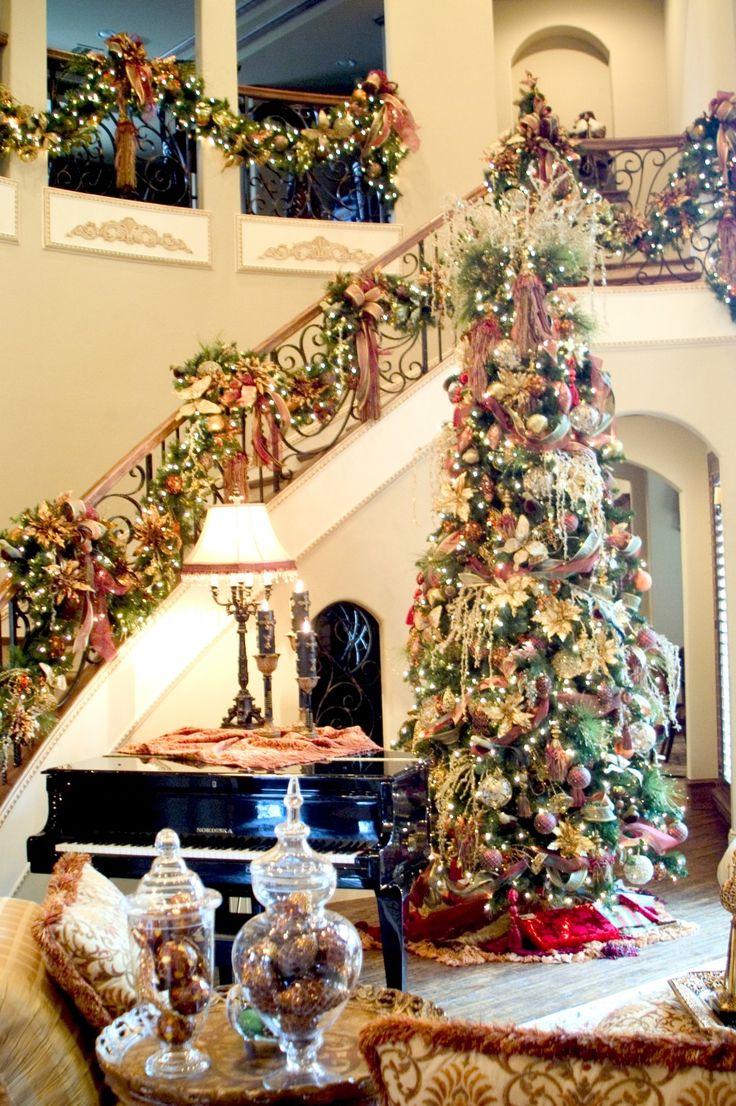 Оформление новогодней елки традиционное
