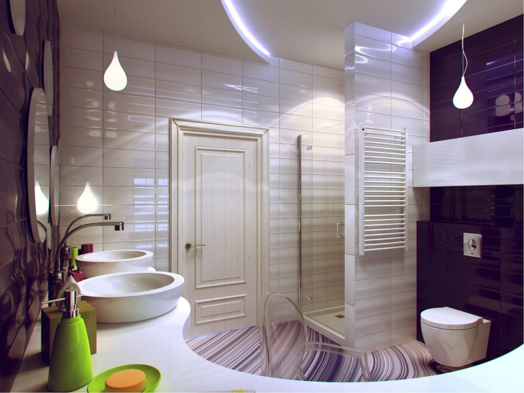 Фиолетово-белая ванная