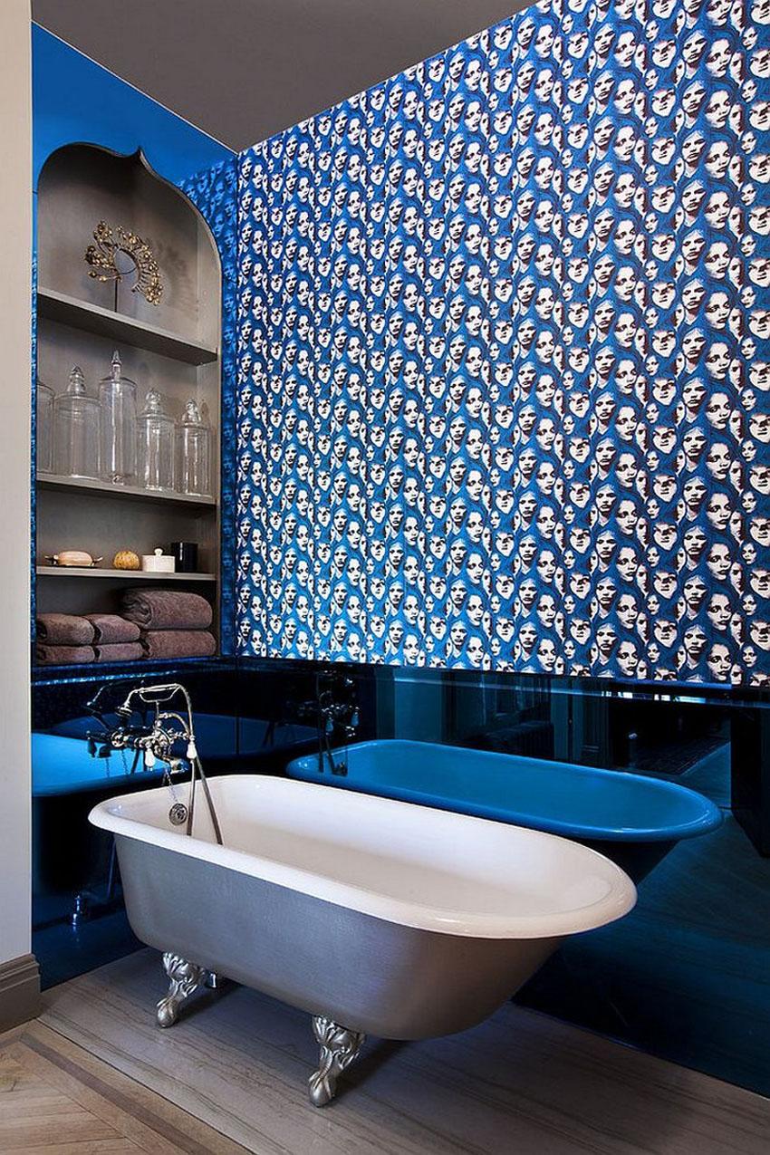 Сине-белая креативная ванная комната