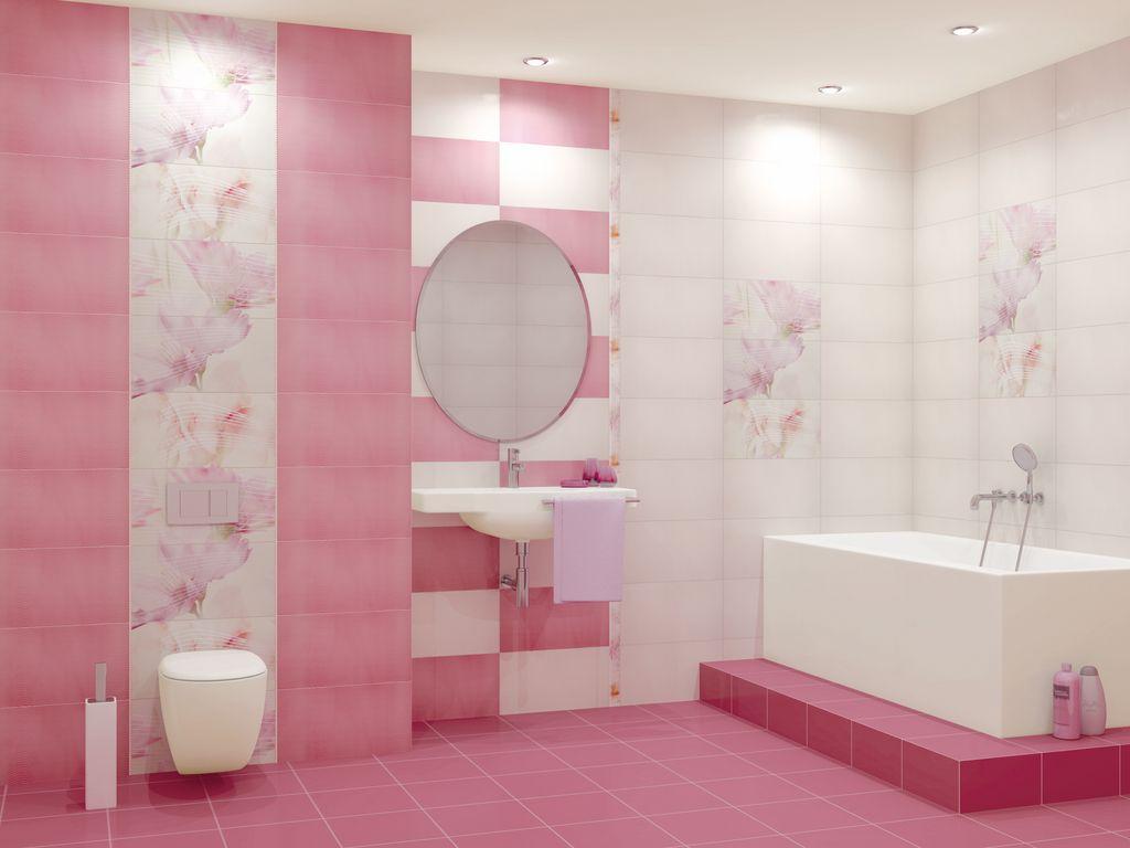Ванная на подиуме в бело-розовой комнате