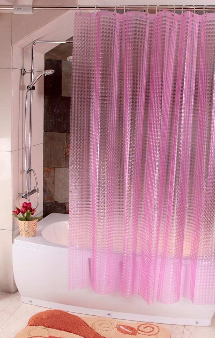 Розовая шторка в ванную
