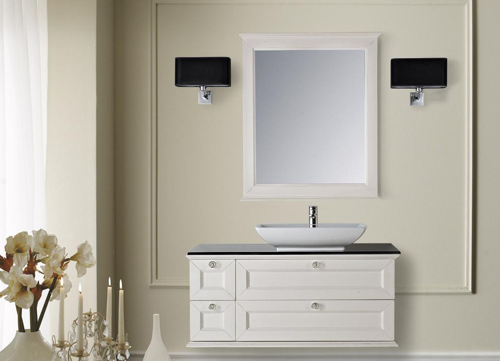 Бела тумба с черной столешницей в ванной