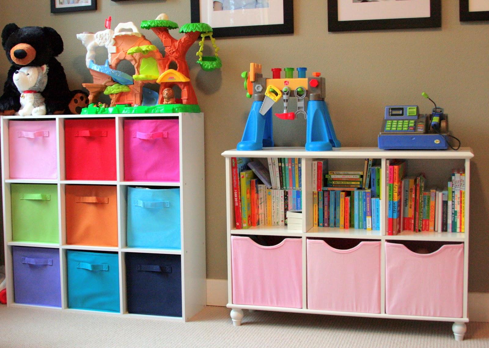 Удобные стеллажи для хранения игрушек