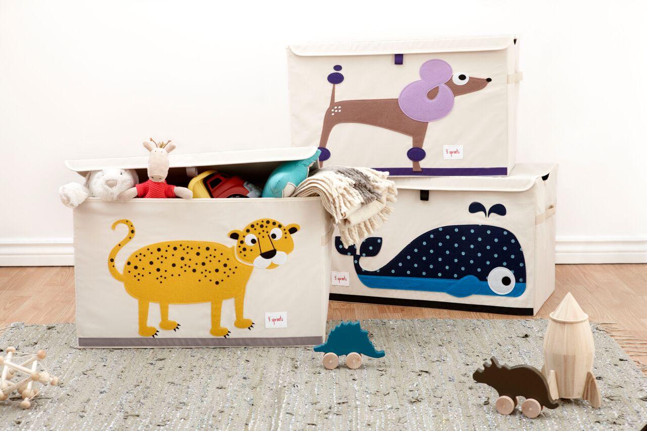 Светлые корзинки с животными для игрушек