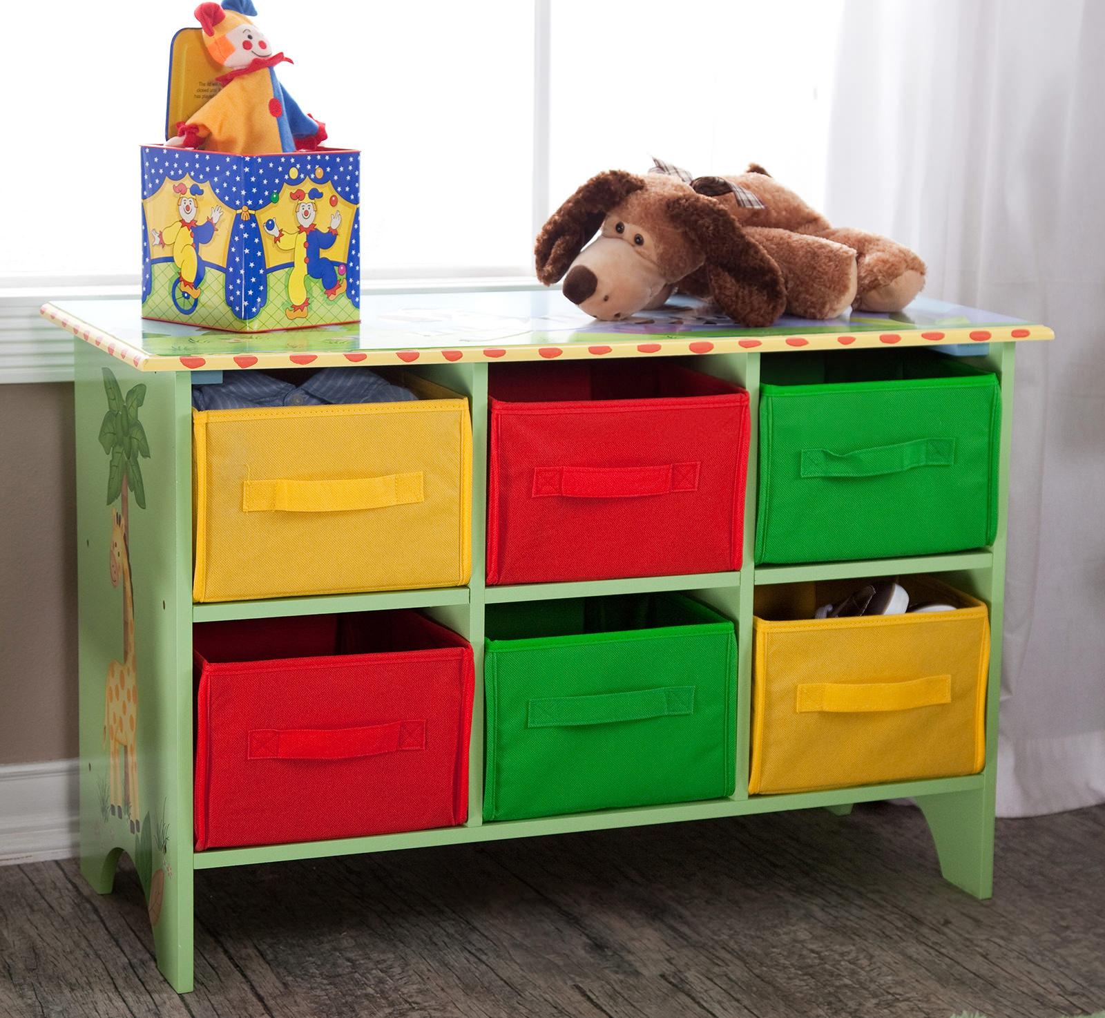 Разноцветные корзины для игрушек