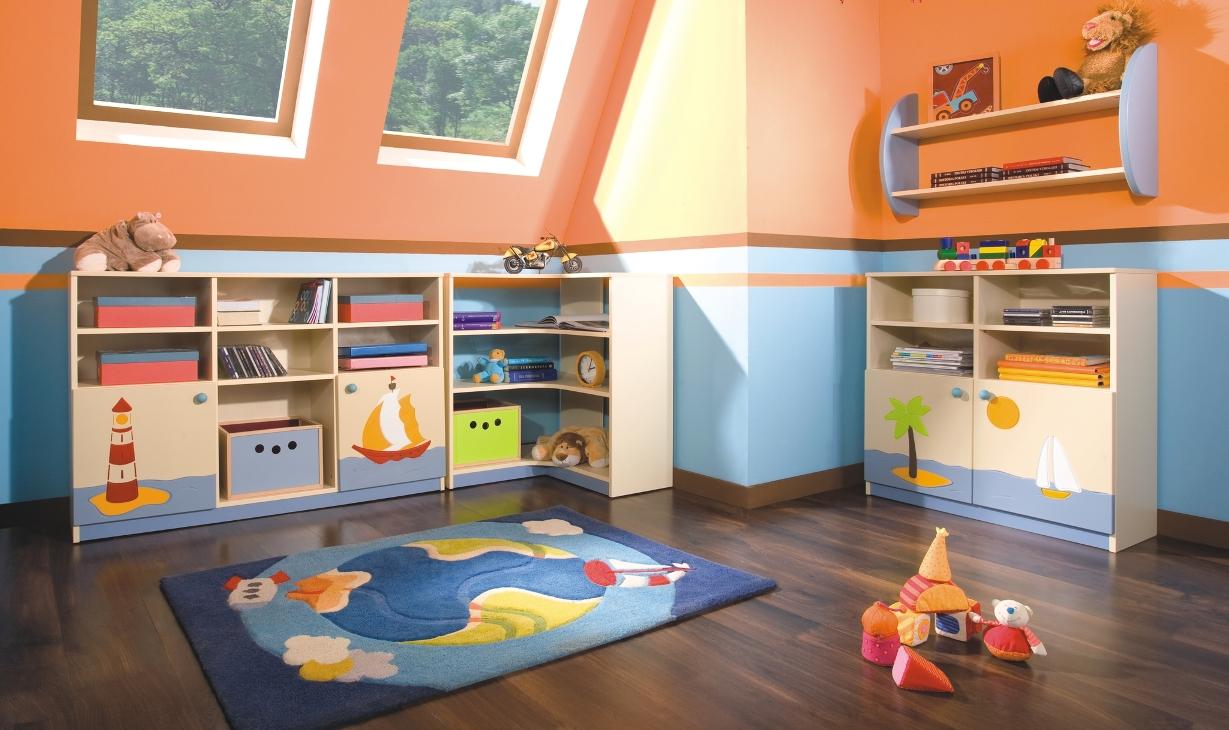 Стеллажи и комоды для хранения детских игрушек