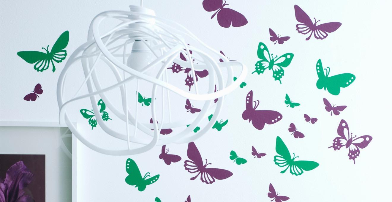 Бабочки в декоре стены