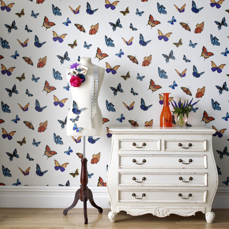 Обои с бабочками в интерьере дома
