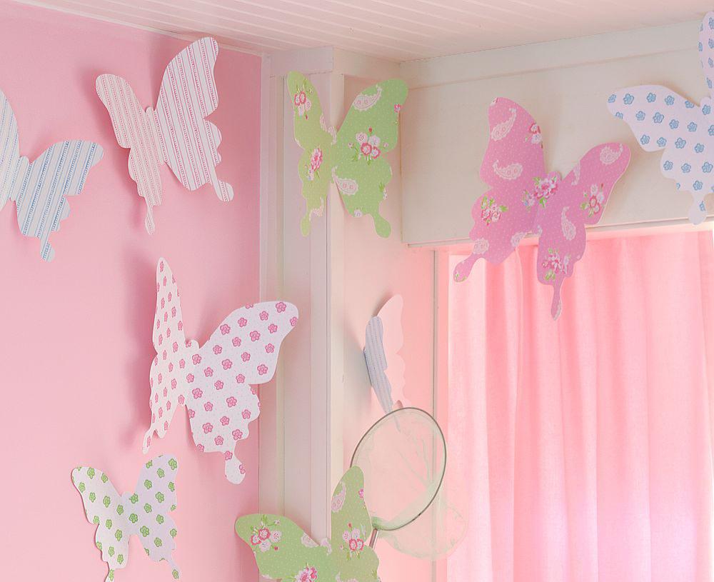 Бумажные бабочки в декоре детской комнаты
