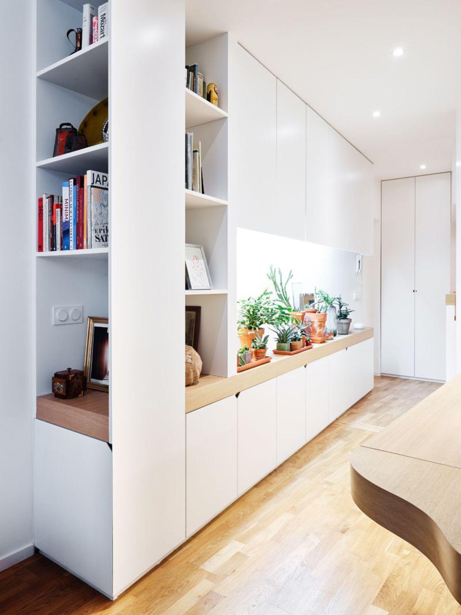 Белая мебель в стиле модерн