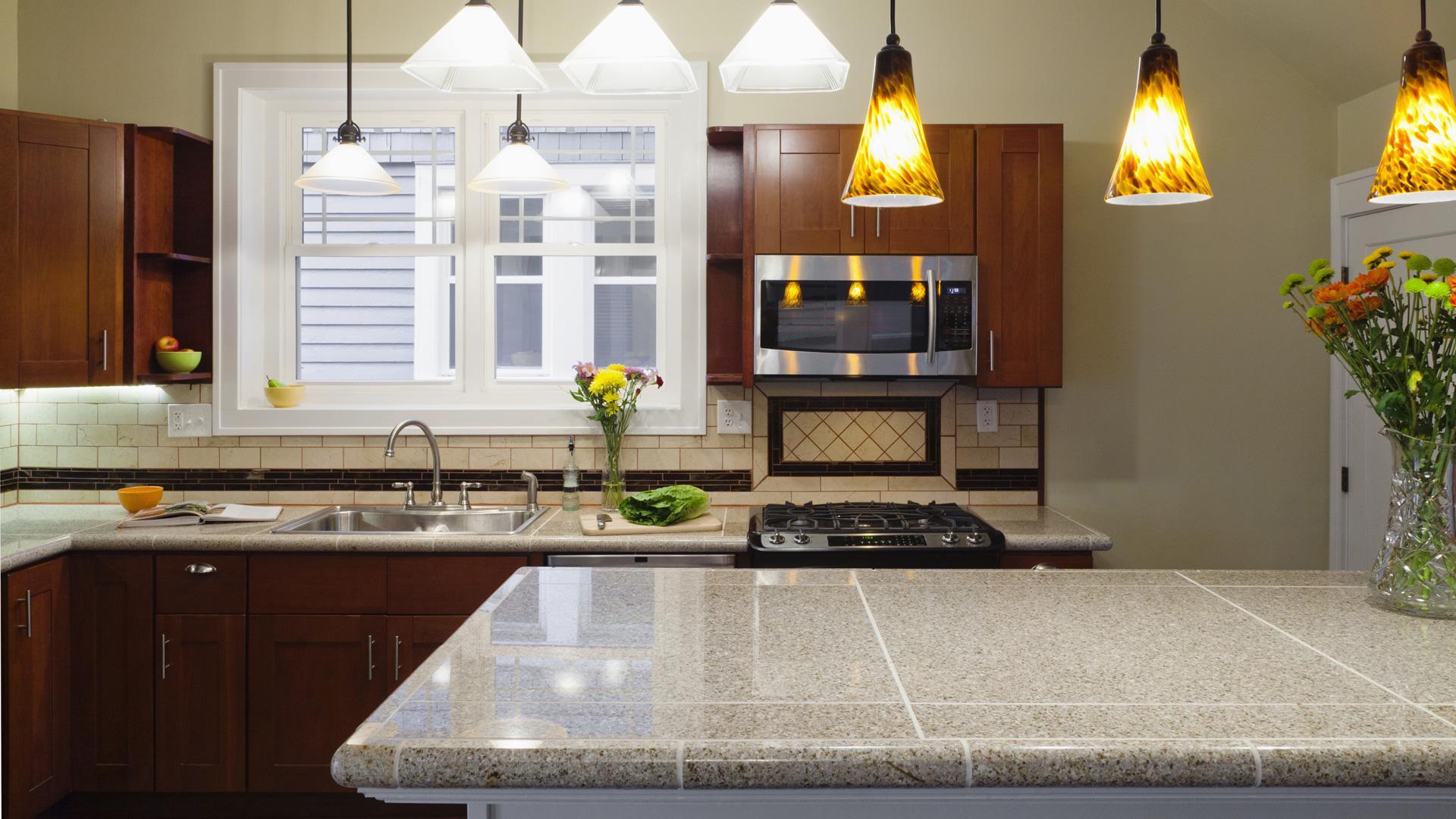 Дизайн кухни 20 кв м с декором