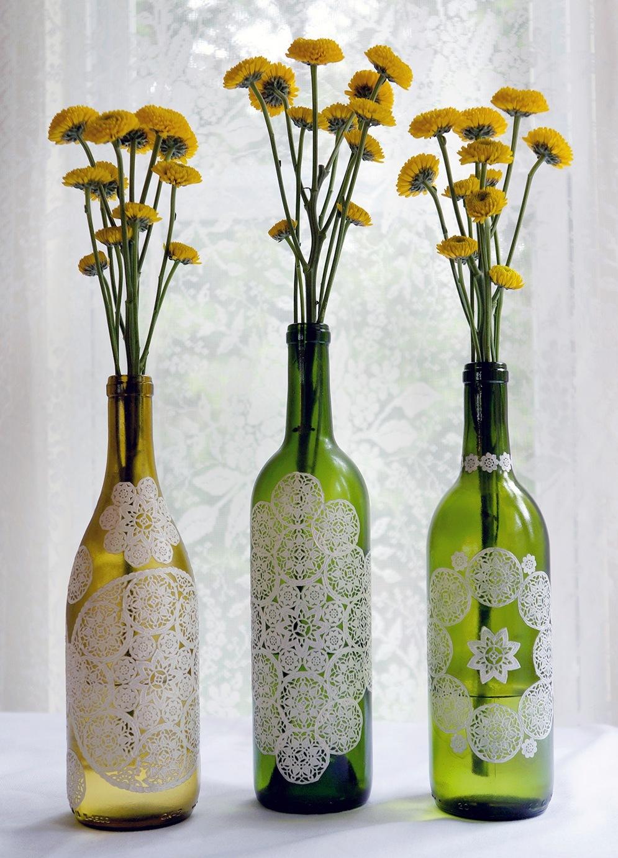 Декупаж бутылок белыми салфетками