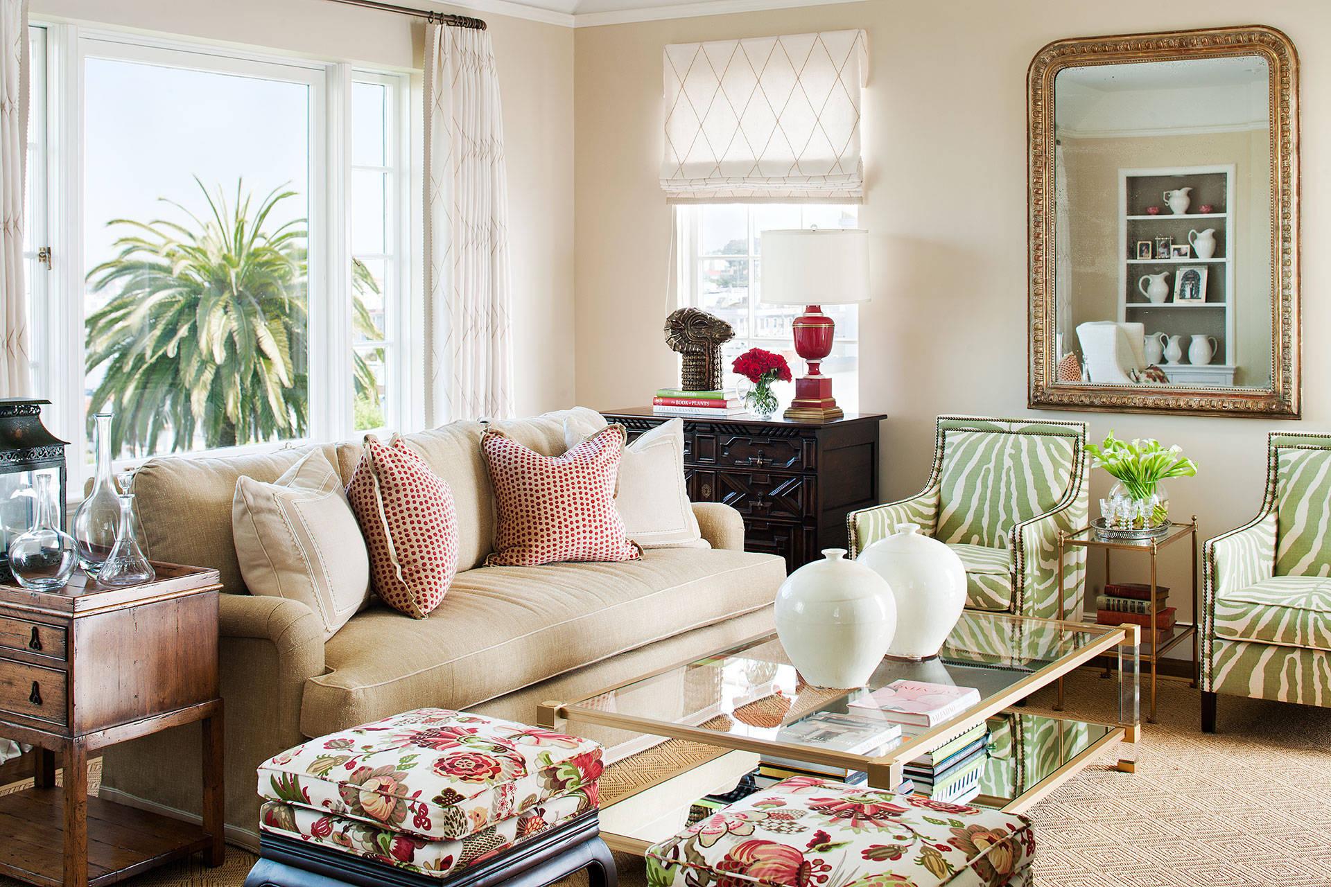 Бежевый диван еврокнижка в гостиной в стиле арт-деко