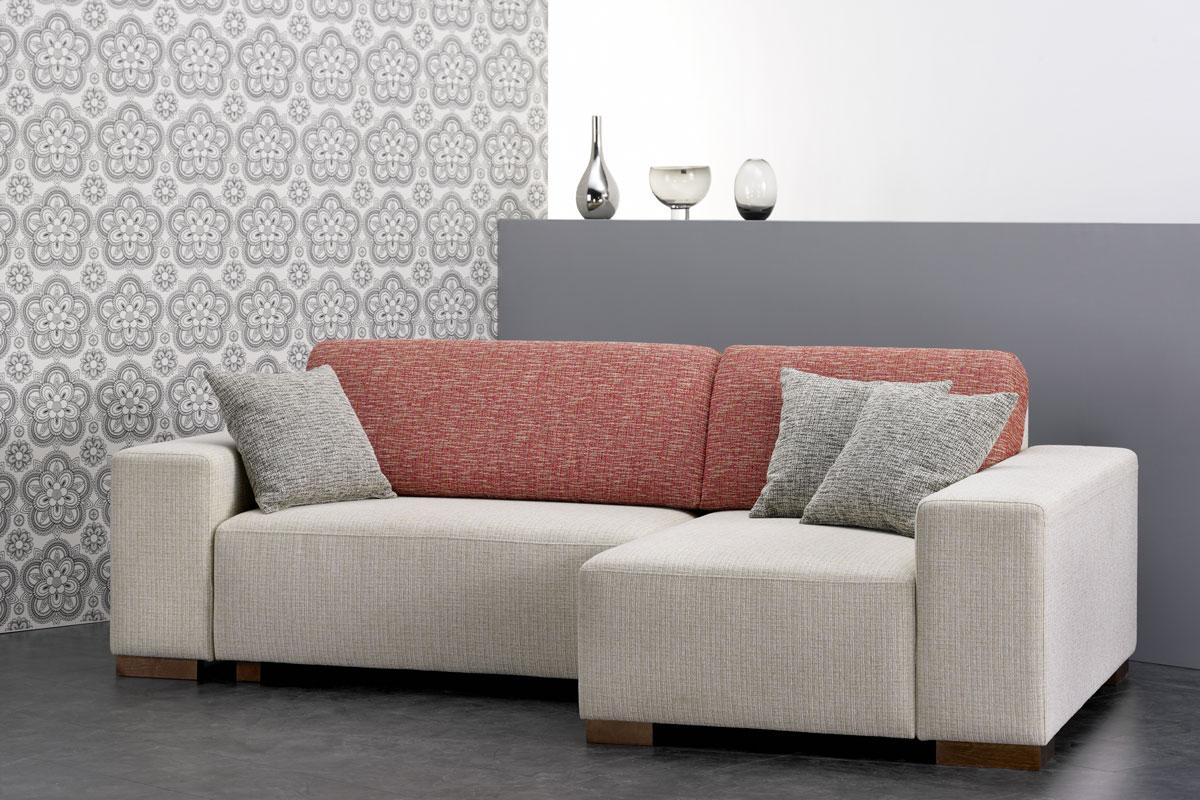 Красно-белый диван еврокнижка